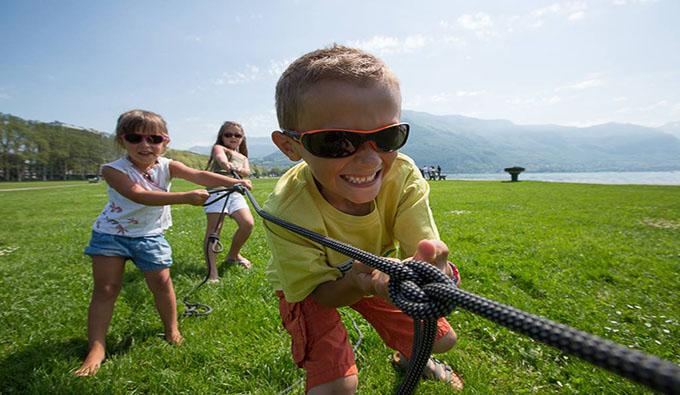 Nuevas gafas de sol para niños en Zamarripa Ópticos.
