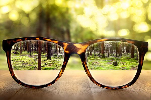 Gafas para una visión enfocada sin hipermetropía