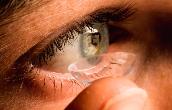Método Orto-K, lentes de contacto mientras duermes para controlar la miopía